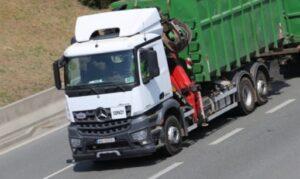 transport specjalny materiałów niebezpiecznych