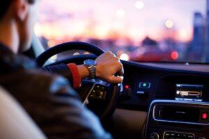 ogrzewanie postojowe w  samochodzie