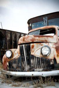 Polscy kierowcy w swoich samochodach najczęściej naprawiają